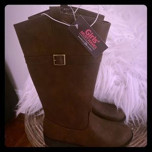 Girls Boots NWT
